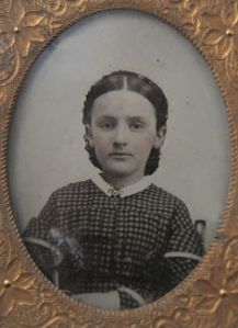 Civil War era woman wearing a snood.